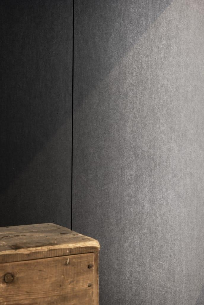 Détail mur acoustique avec structure en bois à l'avant