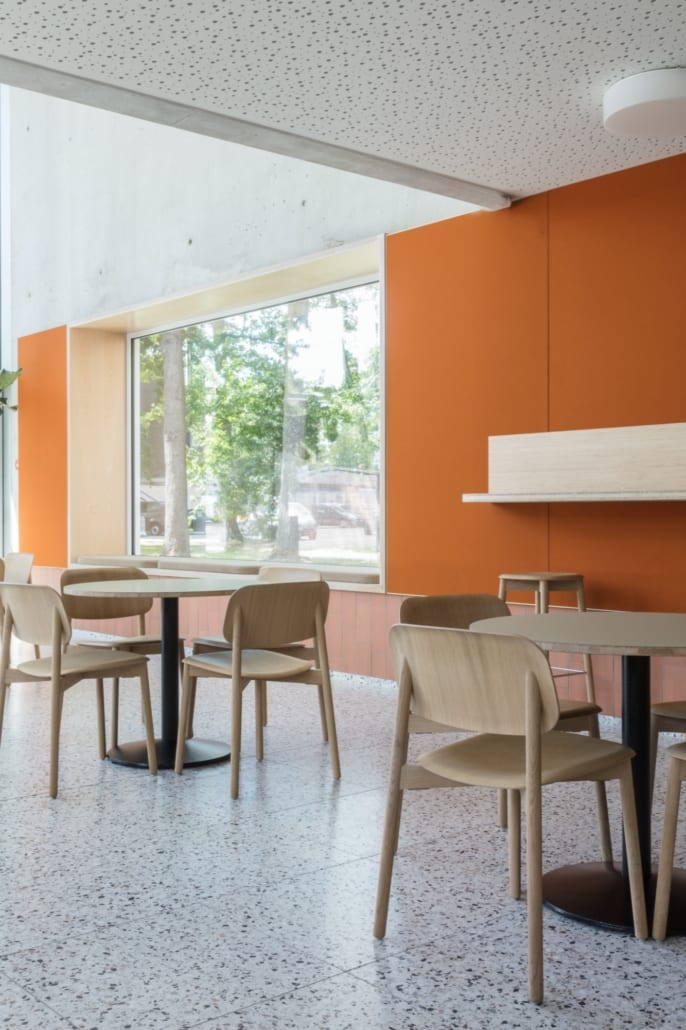 Acoustic wall in PETAC® finished with wool felt